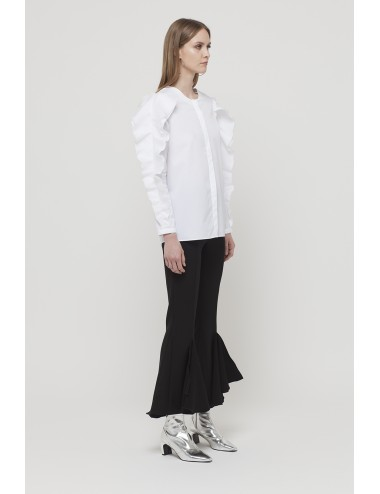 Round neck shirt with organza ruffles on arms